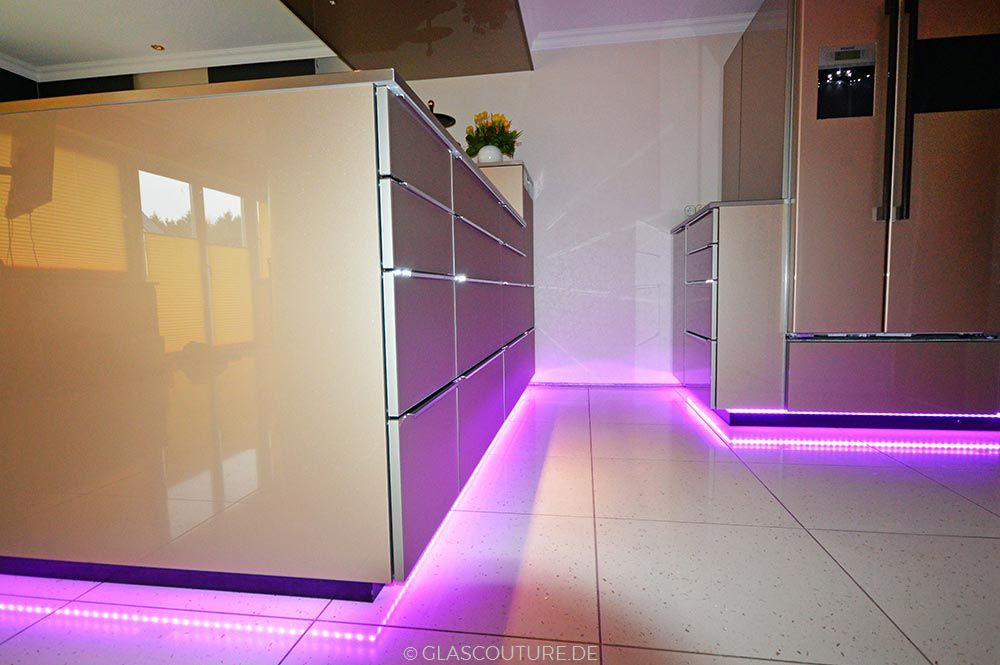led beleuchtung f r glask chen glas couture. Black Bedroom Furniture Sets. Home Design Ideas
